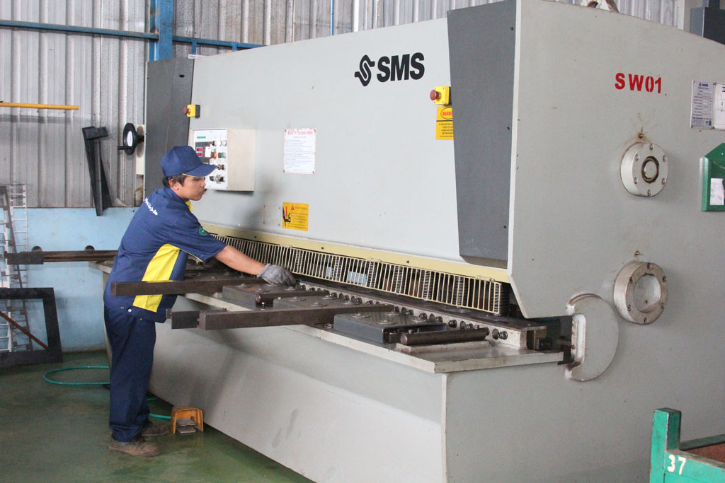 Metal Fabrication Shearing